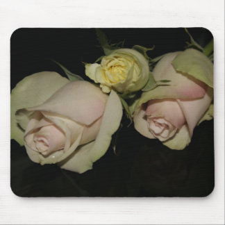 Mouse pad with 3 roses