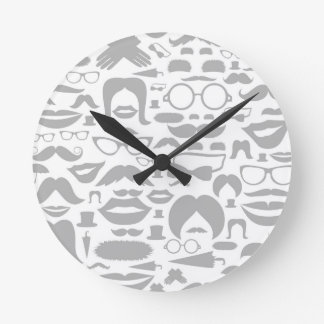 Moustaches a background clock