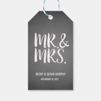 Mr. & Mrs. Chalkboard Gift Tags | WEDDINGS