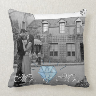 Mr. & Mrs. Pillow with Photo Background