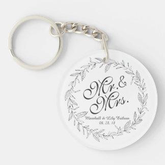 Mr. & Mrs. Simple Floral Wedding | Keychain