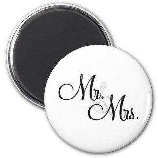 Mr. & Mrs. Unique Items 6 Cm Round Magnet