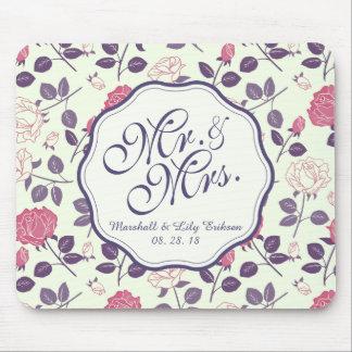Mr. & Mrs. Vintage Floral Wedding | Mousepad
