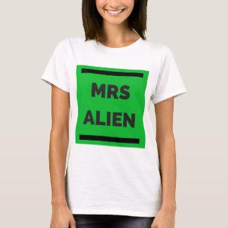 MRS ALIEN T-Shirt
