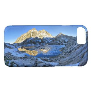 Mt Izaak Walton Over Bighorn Lake Sunrise - Sierra iPhone 8/7 Case