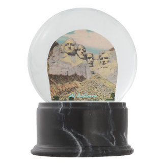 Mt. Rushmore Snow Globe