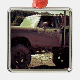 Mudbogging 4x4 Truck Metal Ornament