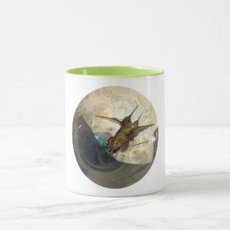 Mug with close up of a hummingbird