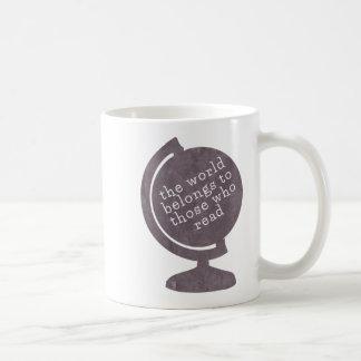 Mug World Belongs to Those who Read Purple Globe