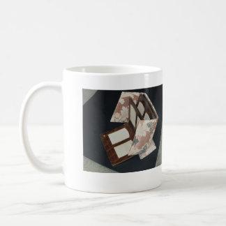 Mugs/Photos/ Albums/Antiques/Collectibles