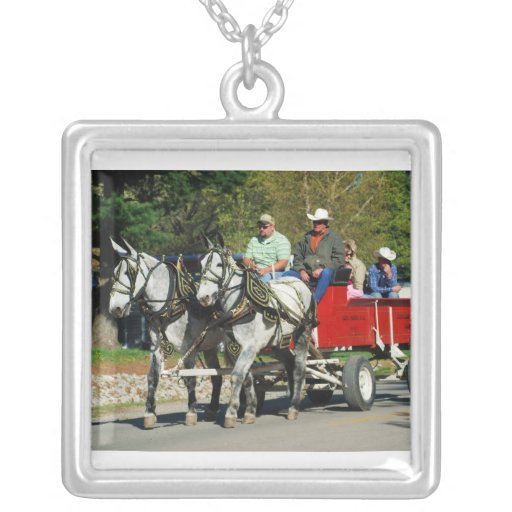 mule day parade personalized necklace