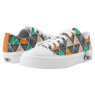 Multi-colored Triangles Low Tops