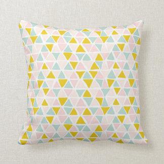 Multicolor triangular Polyester Throw Pillow