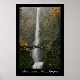 Multnomah Falls in Autumn Poster
