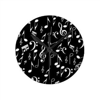 music in my heart round clock