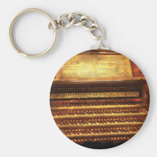 Musician - Organist - The Pipe Organ Basic Round Button Key Ring