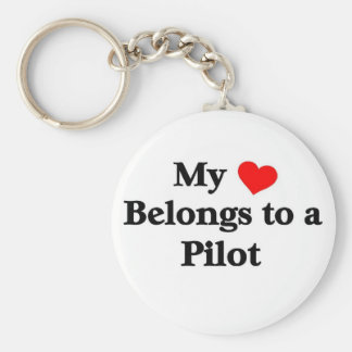 My heart belongs to a Pilot Basic Round Button Key Ring