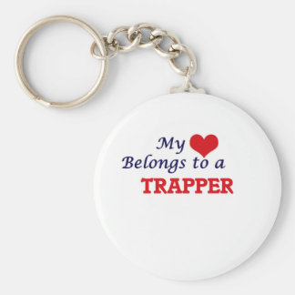 My heart belongs to a Trapper Basic Round Button Key Ring