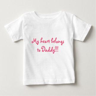 My heart belongs to Daddy!!! Tshirt