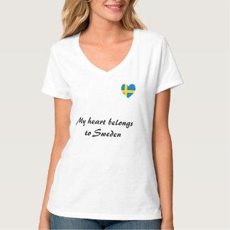 """""""My heart belongs to Sweden"""" t-shirt"""