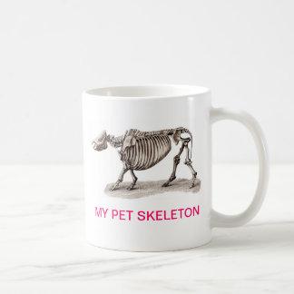 MY PET SKELETON BASIC WHITE MUG