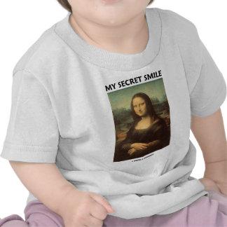 My Secret Smile (da Vinci's Mona Lisa) T-shirts