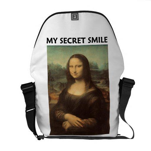 My Secret Smile (Mona Lisa Leonardo da Vinci) Messenger Bag