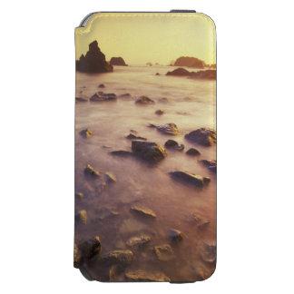 NA, USA, California, Northern California, Incipio Watson™ iPhone 6 Wallet Case