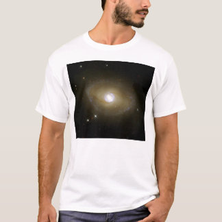 NASA - Galaxy NGC6782 in Ultraviolet Light T-Shirt