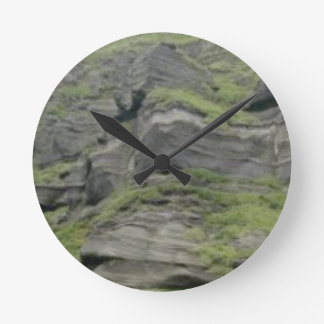 natural folds in stone round clock