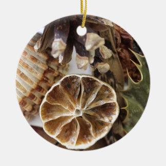 30,000+ Round Nature Ceramic Christmas Decorations ...