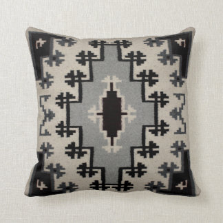Navajo - Two Grey Hills Design II Cushion