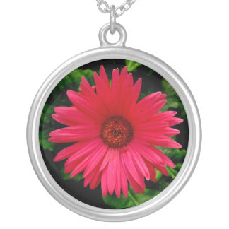 Necklace-Bright Pink Flower Round Pendant Necklace