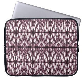 "Neoprene Laptop Sleeve 15"" Stylized ornament Ikat"