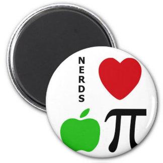Nerds Love Apple Pie Magnet