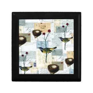Nests and small birds small square gift box