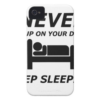 NEVER GIVE UP ON YOUR DREAMS KEEP SLEEPING iPhone 4 CASE