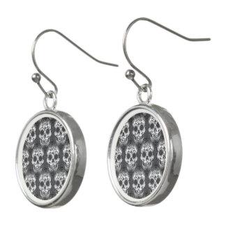 New allover skull pattern earrings