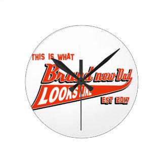 new dad design round clock