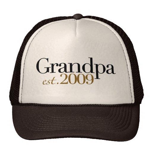 New Grandpa Est 2009 Trucker Hats