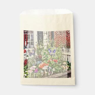 New Hope Pa - Garden Of Ceramic Mushrooms Favour Bags