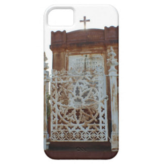 New Orleans Cemetery - Rusted Mausoleum Barely There iPhone 5 Case