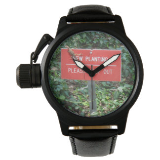New Planting with Gecko Black Leather Men Watch