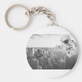 new york astronaut bw basic round button key ring