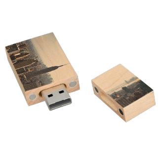 New York City empire states buidings Wood USB 2.0 Flash Drive