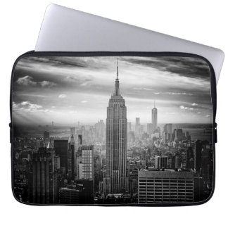 New York City skyline black and white Laptop Sleeve