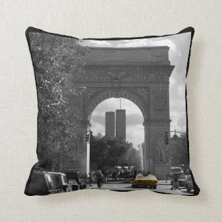 New York City Throw Pillow (customise)