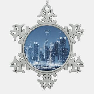 New-York City Winter SkyLine Pewter Snowflake Decoration