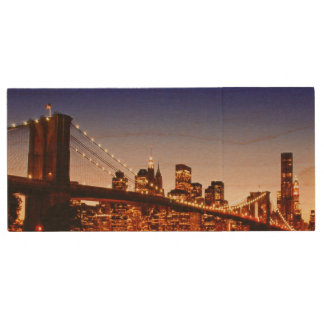 New York cityscape with bridge over river Wood USB 2.0 Flash Drive