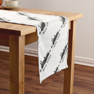 New York Dark-White Skyline v07 Short Table Runner